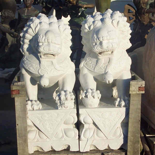 Marble Chinese Foo-dog Statue